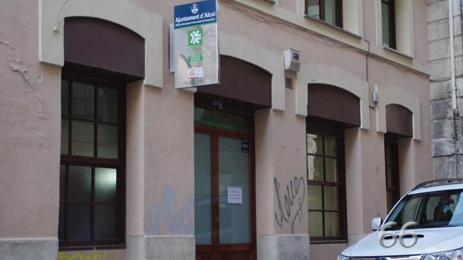 El pp denuncia que la oficina de la omic est desbordada for Oficina y denuncia comentario