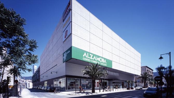 Resultado de imagen de imagenes centro comercial alzamora